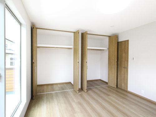 [8号棟]2F洋室
